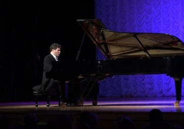 Russian pianist Denis Matsuev brings technical brilliance, emotional intimacy to Tchaikovsky recital